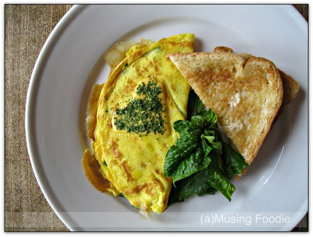 Lump Crab and Fresh Spinach Cheese Omelette