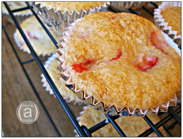 strawberry-shortcake-cupcakes-2