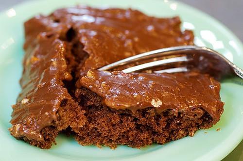chocolate cake recipes, pioneer woman chocolate cake, ree drummond, january food holidays, food holidays