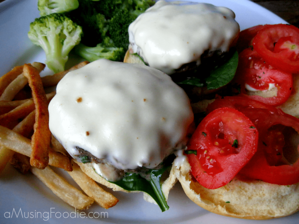 cheese stuffed sliders, cheeseburger recipes, slider recipes