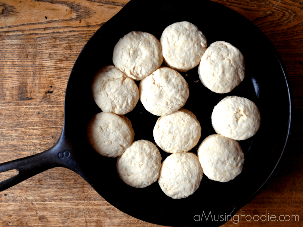 easy homemade biscuits, biscuits from scratch, how to make biscuits, biscuit recipe